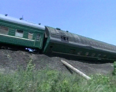 انحراف قطار عن مساره يوقع ضحايا في شرق روسيا