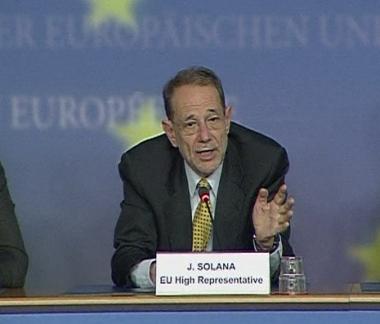سولانا: الترغيب والتحذير سياستنا تجاه إيران