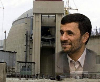 نجاد: لم يفلح الغرب في تحطيم ارادة ايران في تطويع الذرة السلمية