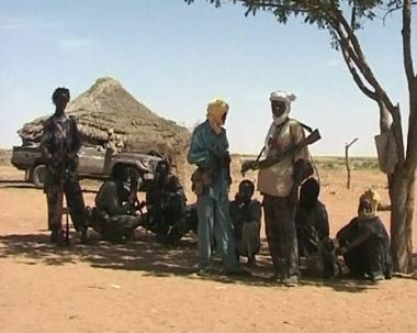 وزير سوداني يفلت من قبضة المحكمة الدولية