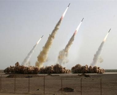 غيتس: الصواريخ الإيرانية تستوجب إنشاء منظومة الدرع الصاروخية