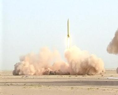 استعراض عضلات بين ايران واسرائيل في حرب باردة مصغرة
