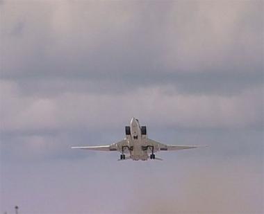 مناورات للقاذفات الاستراتيجية الروسية فوق بحر بارينتس