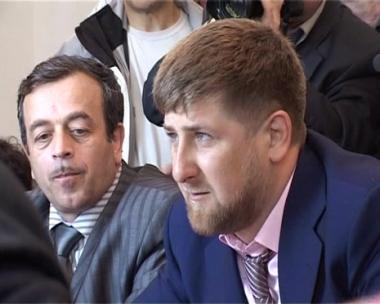 الرئيس الشيشاني يدعو لمزيد من التوعية الدينية ونبذ التطرف