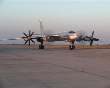 وزارة الدفاع: روسيا لن تنوي نشر قاذفاتها في كوبا
