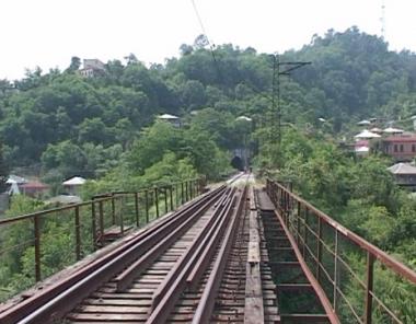 روسيا تسحب قوات السكك الحديدية من أبخازيا