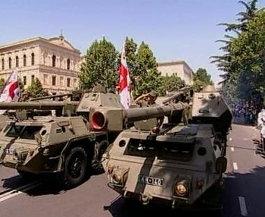 اصدقاء جورجيا جاهزون دائما لتزويدها بادوات قتل المدنيين