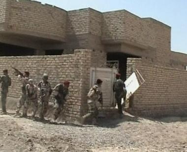 القوات العراقية تداهم معقل زعيم التيار الصدري