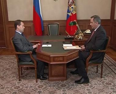 مدفيديف: روسيا مستعدة لخطوات قد تصل إلى وقف التعاون مع الناتو