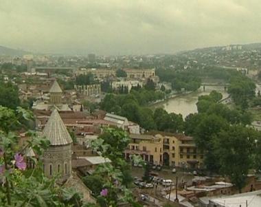 جورجيا تقلص سفارتها في موسكو الى شخصين فقط