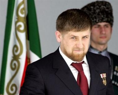 قاديروف  يحذر ماكين من التدخل في شؤون الشيشان