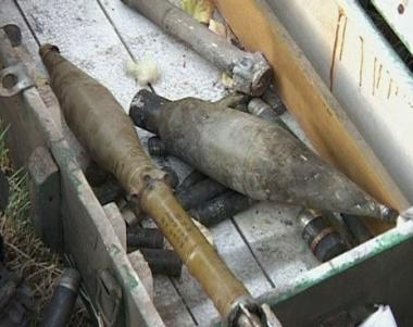 الروس يفجرون 600 لغم وقذيفة خلفتها القوات الجورجية في تسخينفال
