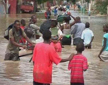عاصفة هانا تودي بحياة 137 شخصاً على الأقل في هايتي وتشرد الآلاف