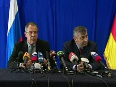 لافروف: طلب جورجيا بعدم تقديم المساعدات الانسانية لأوسيتيا الجنوبية وقح للغاية