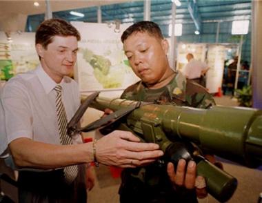 روسيا مستعدة لمقايضة الدول ألافريقية السلاح بالالماس