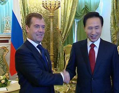 مدفيديف: هدفنا هو رفع علاقاتنا مع كوريا الجنوبية الى مستوى الشراكة الاستراتيجية