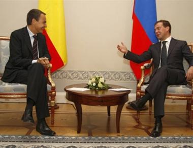 ثاباتيرو: الاتحاد الأوروبي ينشد علاقات جيدة مع روسيا