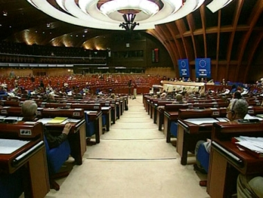 الجمعية البرلمانية لمجلس اوروبا تثبت صلاحيات روسيا