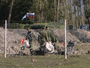 القوات الروسية بدأت الانسحاب من القرى الجورجية