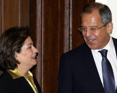 لافروف يدعو لفرض الحظر على إمدادات الأسلحة إلى جورجيا
