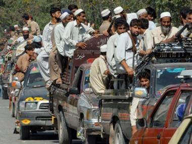 مقتل 50 شخصا بتفجير استهدف مجلسا لزعماء القبائل في باكستان