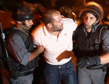 لجان المقاومة الشعبية في غزة تهدد بإنهاء الهدنة مع إسرائيل