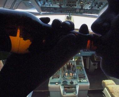 فشل مسافر مخمور في إختطاف طائرة تركية
