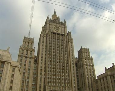 موسكو : سياسة الناتو تضر باستقرار أوكرانيا