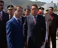 الرئيس مدفيديف مع نظيره الفنزويلي تشافيز