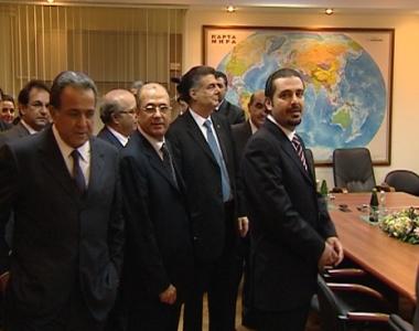 لبنان ينوي إقامة علاقات اقتصادية مع تسخينفال وسوخوم