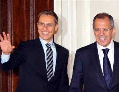 لافروف: روسيا ستنصب صواريخها في حالة نشر المنظومة الصاروخية الأمريكية في أوروبا