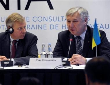 يخانوروف: مرابطة الأسطول الروسي في القرم تهدد بجر  أوكرانيا الى نزاعات مسلحة