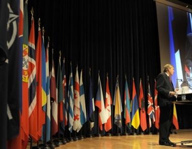 الجمعية البرلمانية لحلف الناتو تدعو إلى إستئناف الشراكة واسعة النطاق مع روسيا