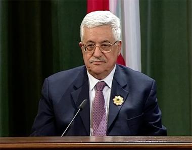 منح محمود عباس أعلى وسام لمسلمي روسيا