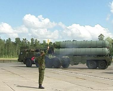 موسكو تنفي تسليم طهران صواريخ إس- 300