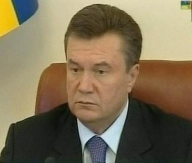 حزب الأقاليم الأوكراني يدعو الى استقالة الرئيس والحكومة