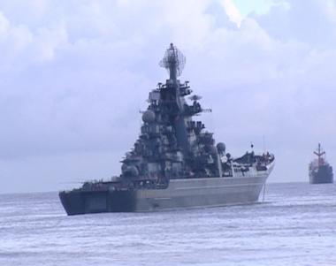 سفن حربية روسية تصل قاعدة بحرية تركية في زيارة غير رسمية