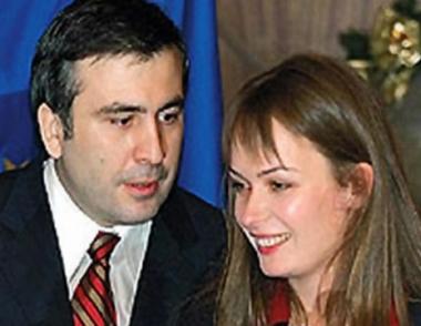 المعارضة الجورجية تتهم سآكاشفيلي بهدر