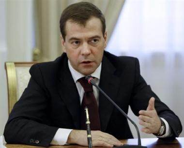 مدفيديف يدعو المخابرات الروسية الى التركيز على مكافحة الارهاب