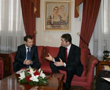 روسيا وبلغاريا تناقشان ضمان أمن الطاقة الأوروبي