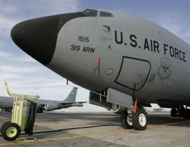 إغلاق القاعدة الامريكية في ماناس لن يؤثر على عمليات الناتو في أفغانستان