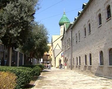 مدفيديف إلى إيطاليا لتسلم مجمع الكنيسة الروسية في باري