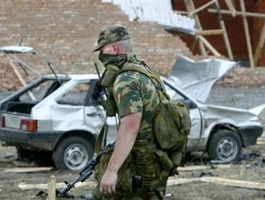 مقتل 6 أشخاص واصابة 3 آخرين في انفجار عبوة ناسفة بإنغوشيا