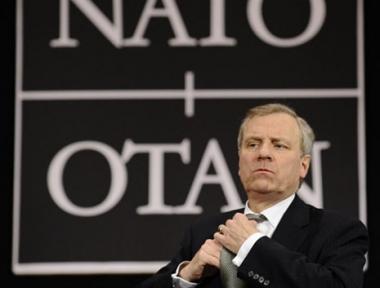 مجلس الناتو يقرر استئناف العلاقات الرسمية مع روسيا