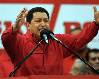 تشافيز يقترح جزيرة فنزويلية قاعدة عسكرية للطيران الروسي
