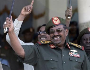 البشير يمنع أية منظمة إغاثة دولية من العمل في السودان بعد عام