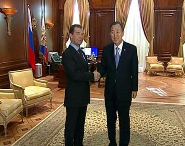 بان كي مون يعول على دور متميز لروسيا في تسوية النزاعات الإقليمية