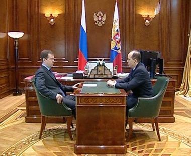 مدفيديف يأمر ببحث إلغاء عملية مكافحة الإرهاب في الشيشان