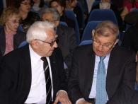 البروفيسور مونتشايف مع السفير السوري بموسكو