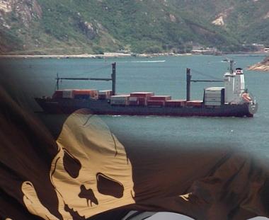 قراصنة صوماليون يختطفون سفينة شحن ألمانية على متنها بحارة روس